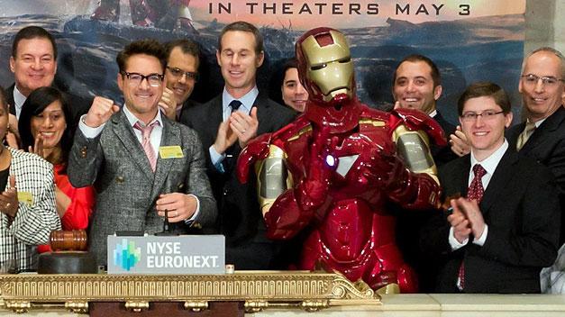Robert-Downey-Bolsa-Nueva-York_TINVID20130430_0009_1